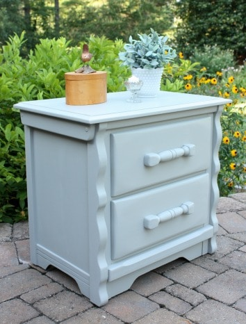Nightstand Makeover with Velvet Finishes Paint