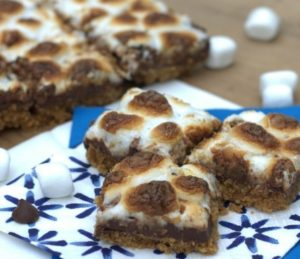 Spicy Smoky S'mores Bars are a real crowd pleaser. A touch of heat gives these s'mores bars a different taste.