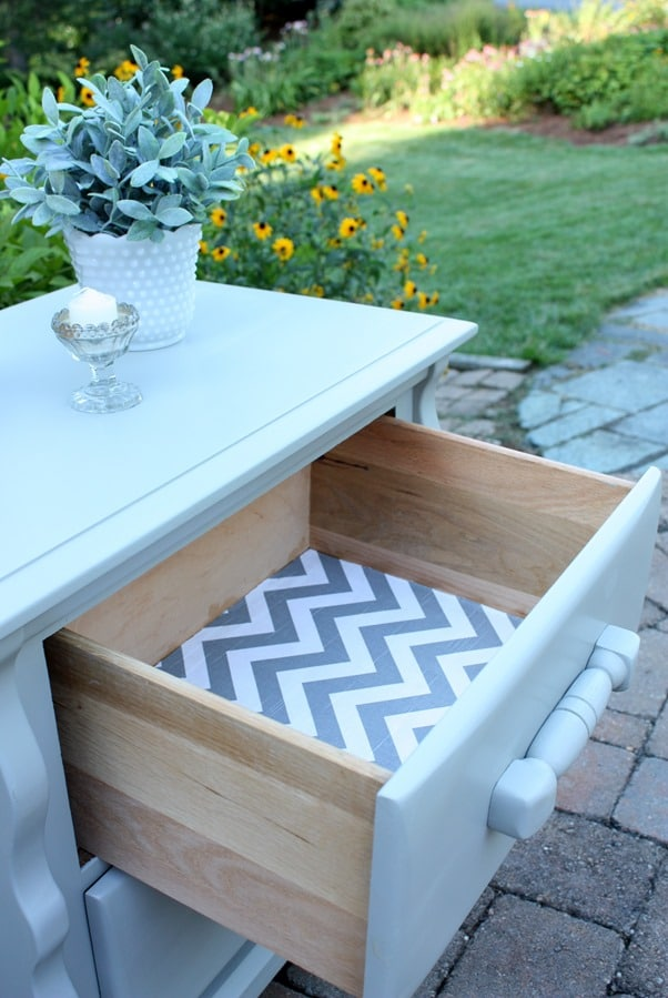 Lining drawers with fabric adds a nice finishing touch to a furniture makeover. virginiasweetpea.com