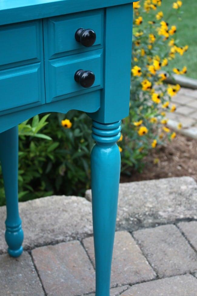 Sewing Cabinet to Oudoor Bar - Leg Detail -virginiasweetpea.com