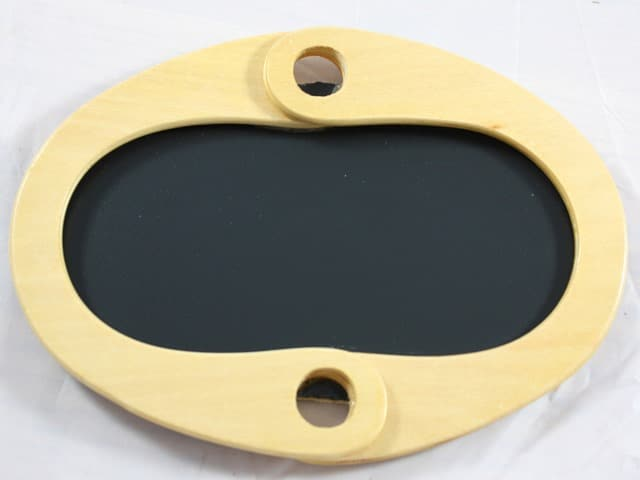 Step-by step tutorial for making a framed chalkboard from purse handles. virginiasweetpea.com