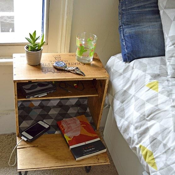 wine-crate-nightstand-bedroom-sm