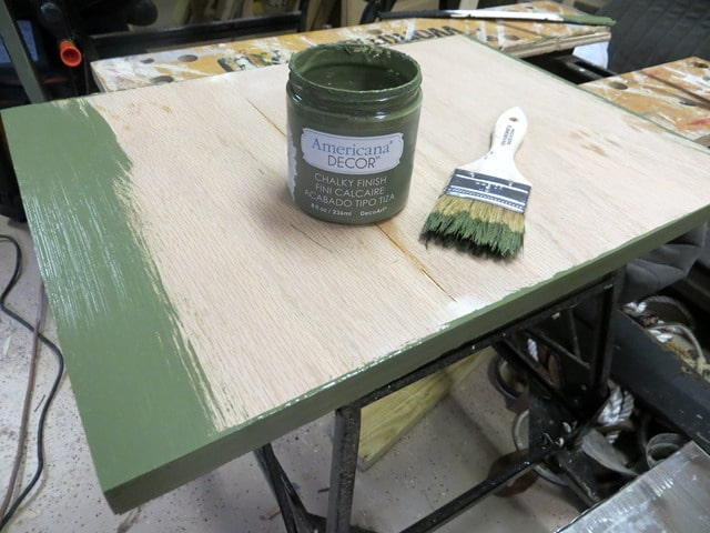 How to Make a Table from an Ammunition Crate - Step-by-Step Tutorial