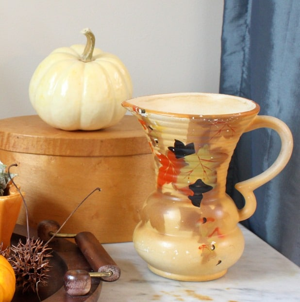 Fall Vignette with Sophia Made in England Vase I Fall Mantel and Living Room Decor - Get ideas for decorating your mantel and living room for fall. #fall #falldecor #fallvignette #falldecorating #vintage