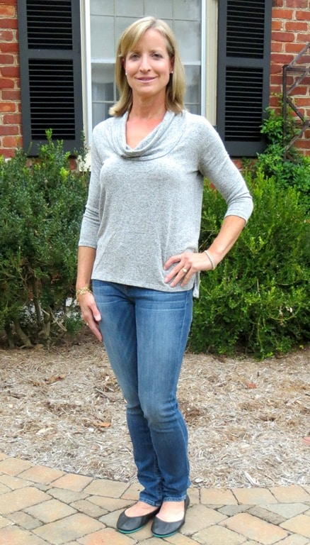 Stitch-Fix-Review-October-2016-Market-&-Spruce-Chaimbers-Cowl-Neck-Knit-Top2