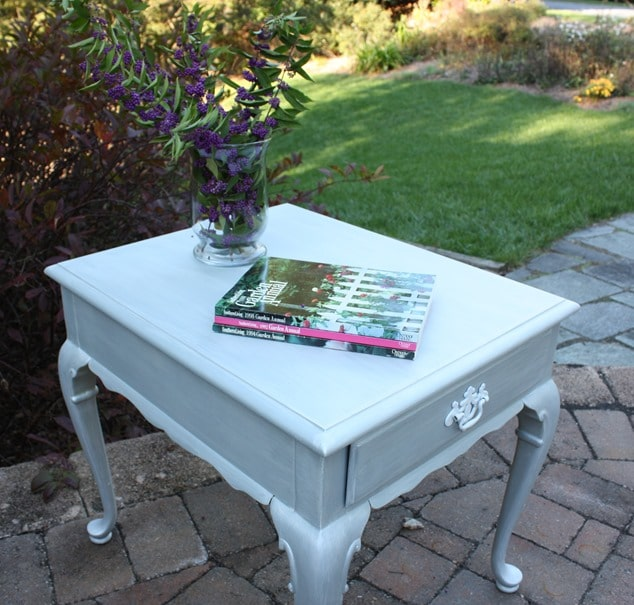 Glitz and Glamour End Table Makeover by virginiasweetpea.com