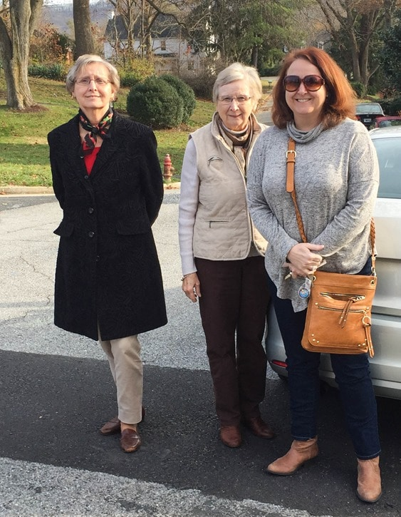 Christmas Home Tour in Waynesboro, VA - Mama, Judy, and Susan