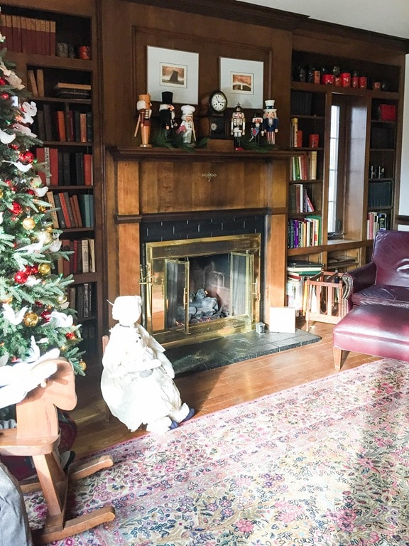 Christmas Home Tour in Waynesboro, VA - 1940 Cape Cod