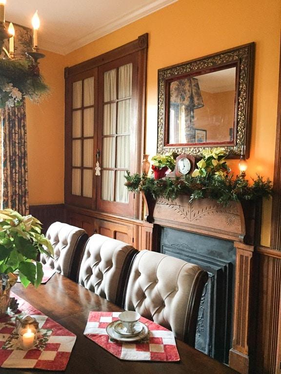 Christmas Home Tour in Waynesboro, VA - 1891 Queen Anne
