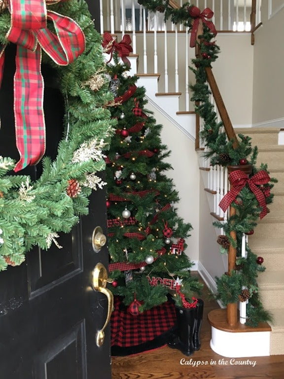 Holiday House tour welcome