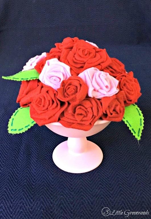 how-to-make-felt-flowers-2