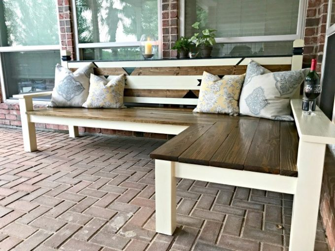 How to Make a DIY Outdoor Bench (L-Shaped)