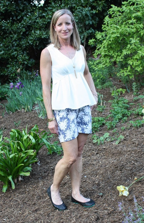 May 2017 Stitch Fix Review - Dear John Finnegan Printed Cuffed Short paired with Alice Blue Gower Peplum Top - virginiasweetpea.com