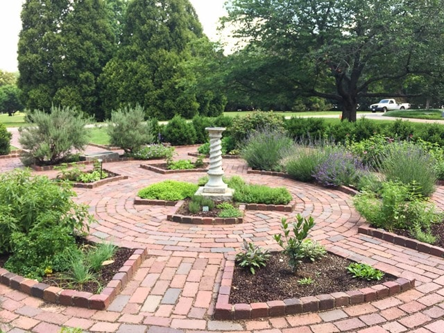 Herb Garden at Maymont in Richmond, Virginia - virginiasweetpea.com