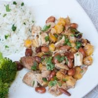Crock-Pot Chili with Chicken and Hominy