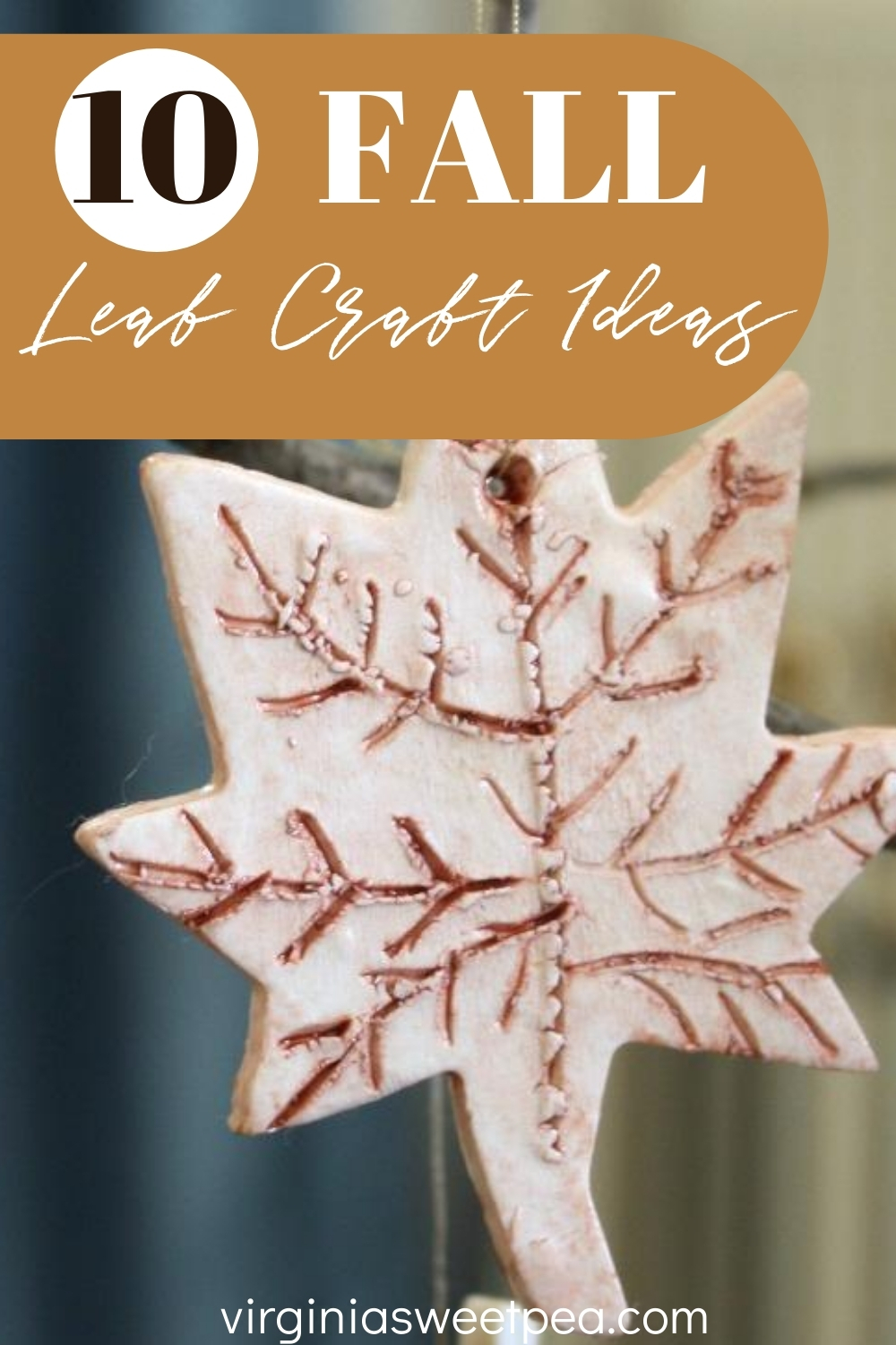 10 Fall Leaf Craft Ideas - Leaves are an iconic fall home decor item.  Get ideas for crafts that you can make for your home that are leaf themed.  #fallcrafts  via @spaula