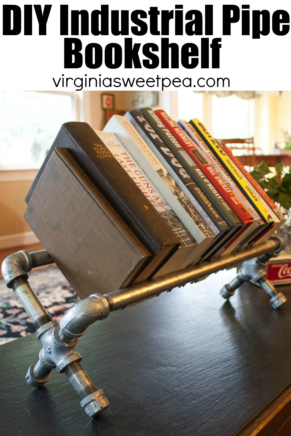 DIY Industrial Pipe Bookshelf - Learn how to use pipes and pipe fittings to make a bookshelf.  #diybookshelf #industrialstylebookshelf #pipeproject via @spaula