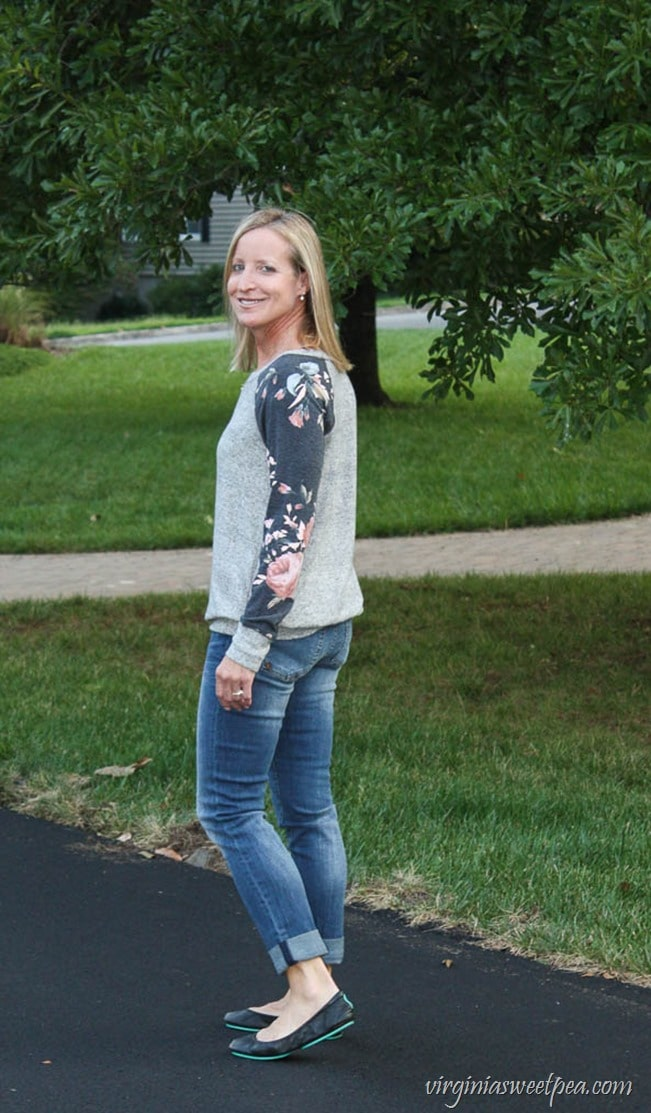 Stitch Fix September 2017 - Pink Clover Delino Knit Top and Kut from the Kloth Kate Boyfriend Jean - virginiasweetpea.com