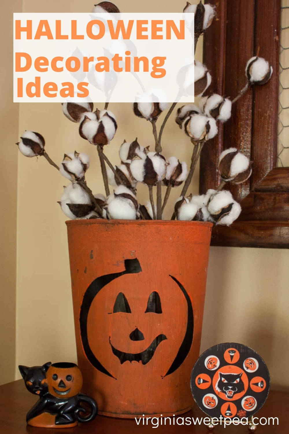 Halloween Decorating Ideas - Get ideas for decorating your home for Halloween.  #halloween #halloweendecor #halloweendecorating via @spaula