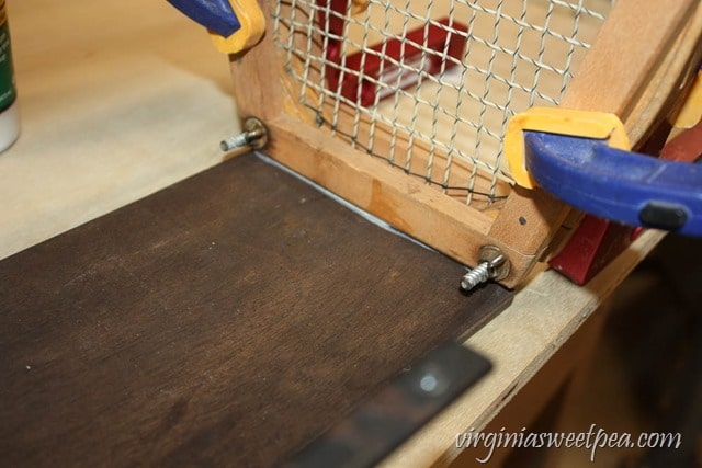 Step-by-Step Tutorial for Making a Basket Using Two Vintage Tennis Rackets - virginiasweetpea.com