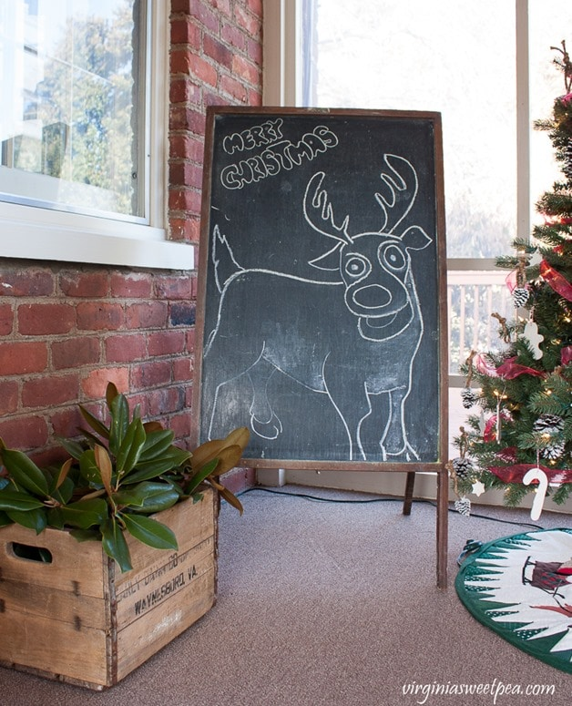 Vintage Reindeer Chalk Art and an Early Dawn Dairy Crate from Waynesboro, VA-virginiasweetpea.com