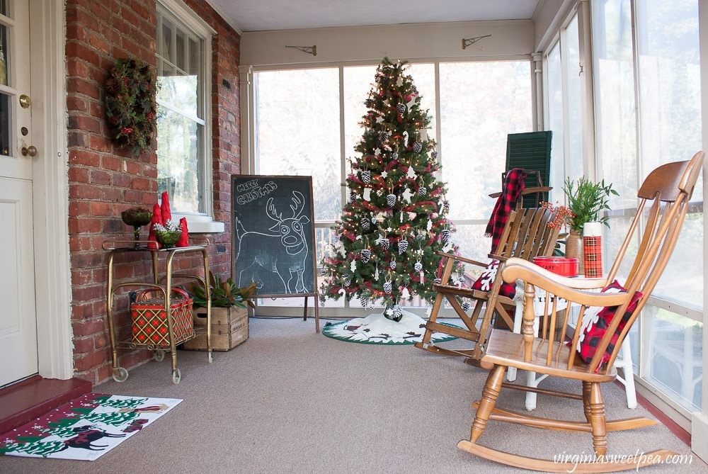 Vintage Inspired Christmas Porch Decor