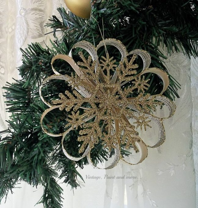 DIY vintage Bookpage Snowflake ornament
