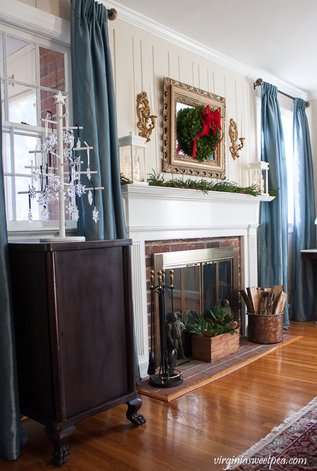 Vintage Inspired Christmas Decor - This home is decorated for Christmas using vintage and antique items. virginiasweetpea.com