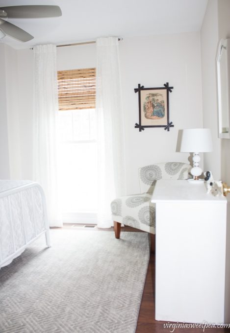 Vintage Inspired Guest Bedroom Decor at Smith Mountain Lake, Virginia - virginiasweetpea.com