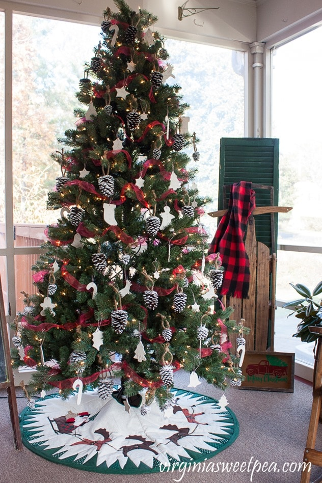 Christmas Tree Decorated with Handmade Ornaments - virginaisweetpea.com