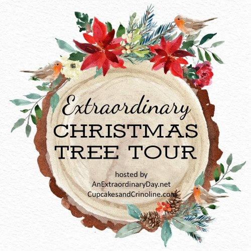 An Extraordinary Christmas Tree Tour - Get ideas for decorating your Christmas tree from fourteen homes. virginiasweetpea.com