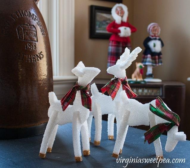 Glittery DIY Christmas Reindeer - virginiasweetpea.com