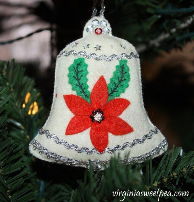 Handmade Felt Ornament - virginiasweetpea.com