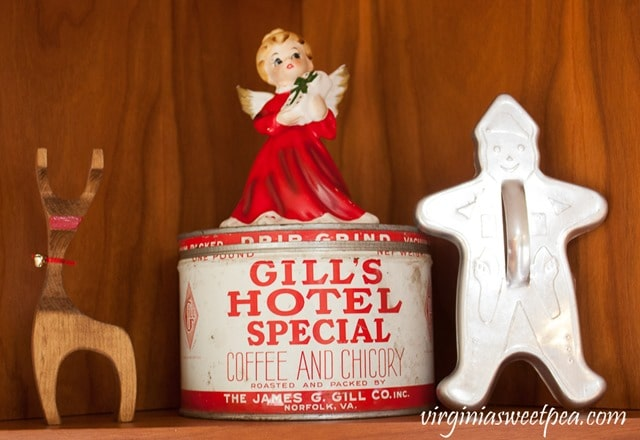 Gills Hotel Special Coffee and Chicory Tin from Norfolk, VA in a kitchen decorated for Christmas with vintage finds. - virginiasweetpea.com