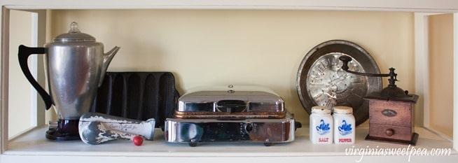 Vintage Farmhouse Kitchen Decor - virginiasweetpea.com