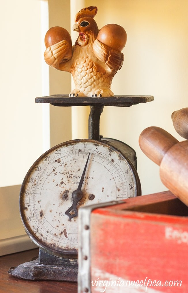 Vintage Kitchen Scale with Chicken Salt and Pepper Shaker - virginiasweetpea.com