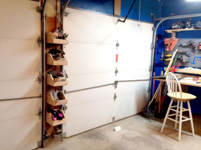 Build shelves for a garage between garage doors