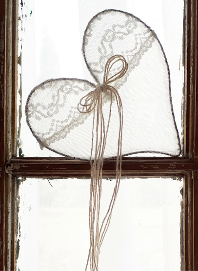 Heart made with wire and lace