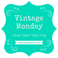 Vintage Monday - A series where a blogger shares her vintage collections.