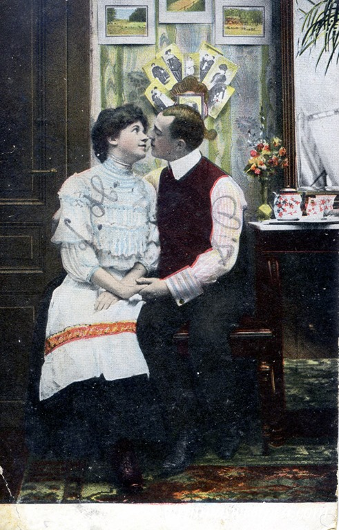 Vintage Romantic Postcard from 1909