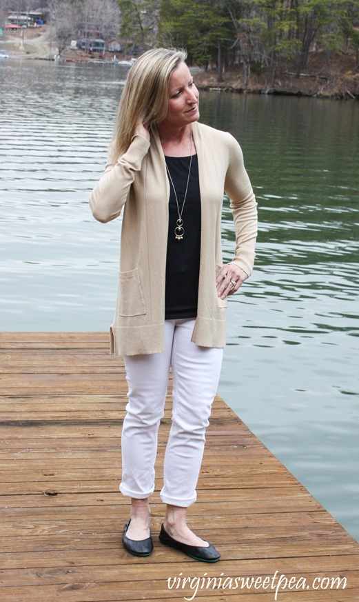 Stitch Fix Review for March 2018 -Pink Clover Penton Two Pocket Cardigan - virginiasweetpea.com #stitchfix #stitchfixreview #fashion #fashionover40