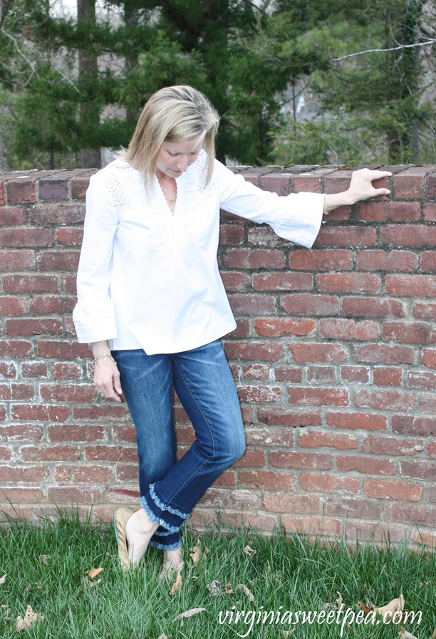 Stitch Fix Review for April 2018-Lila Ryan Double Frayed Hem Straight Leg Jean and Pale Sky Calico Bell Sleeve Poplin Top