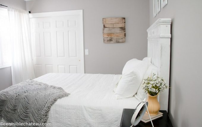 Farmhouse Style Bedroom Makeover - Best of the Weekend Feature for March 23, 2018