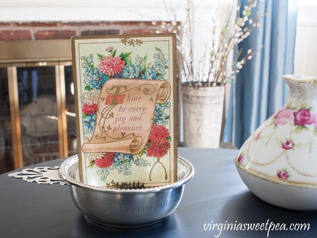 Vintage postcard in a spring vignette with Nippon vase. #vintage #vintagepostcard #vintagesilver #nippon #springdecor