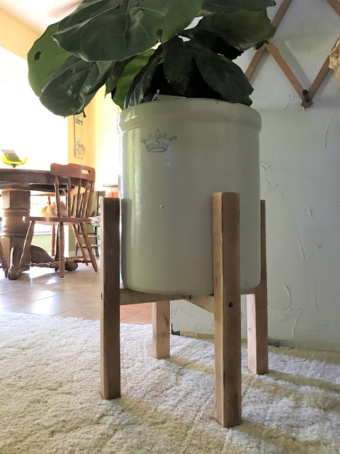 How to Make a West Elm Style Planter for Free - Best of the Weekend Feature for June 1, 2018