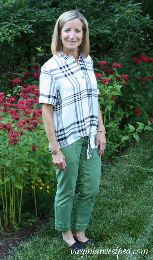 Stitch Fix Review for July 2018 - Tinsel Lanisa Tie Front Button Down Top #stitchfix #stitchfixsummer #summerfashion #fashionover40