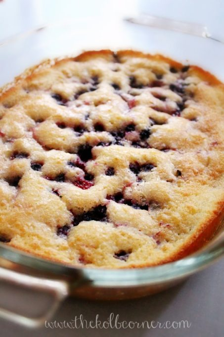 Homemade Blackberry Cobbler Recipe - Best of the Weekend Feature for June 22, 2018