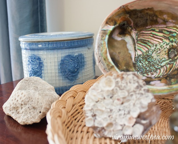 Decorating for Summer with Beach Vignettes