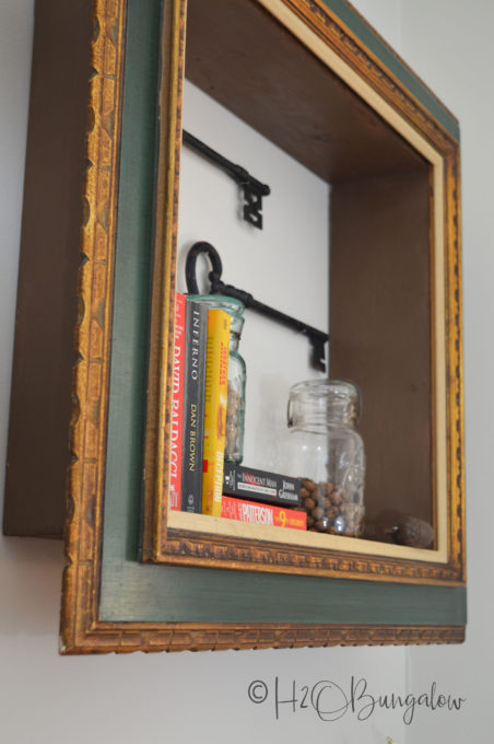 DIY Repurposed Picture Frame Wall Shelf - Learn how to make this cool project using upcycled items.
