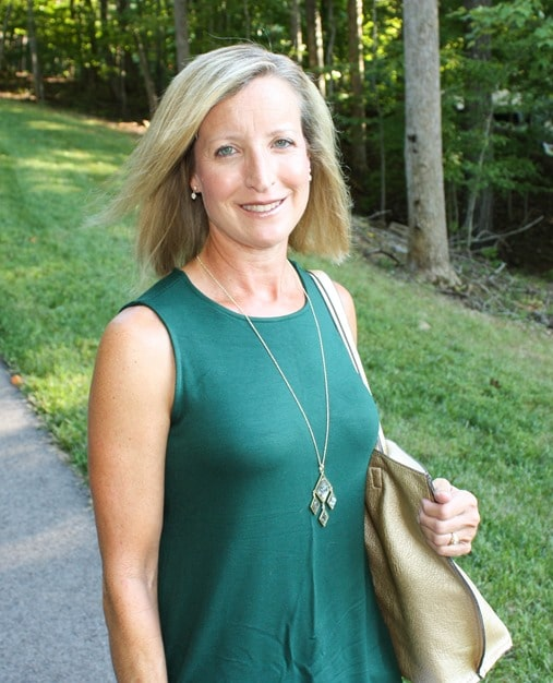 Stitch Fix Review for August 2018 - Market & Spruce Benah Open Back French Terry Knit Top with Rocksbox Necklace #stitchfix #stitchfixreview #stitchfixathleisure #athleisure #fashionover40